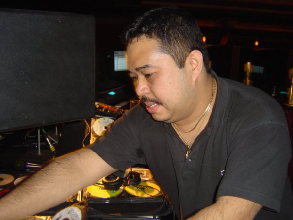 DJ Johnny Gee